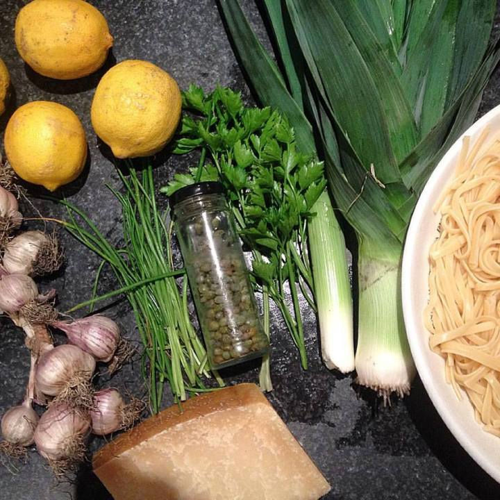 Lemon spaghetti ingredients