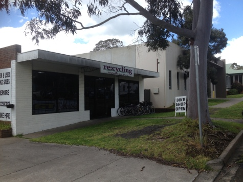 Re:cycling shop front in Leongatha.