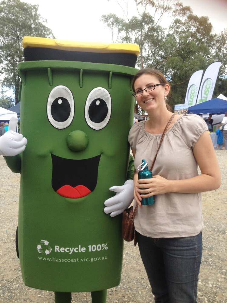 Tammy Logan from Gippsland Unwrapped with Rowdy the Recycle Bin at the South Gippsland Sustainability Festival.