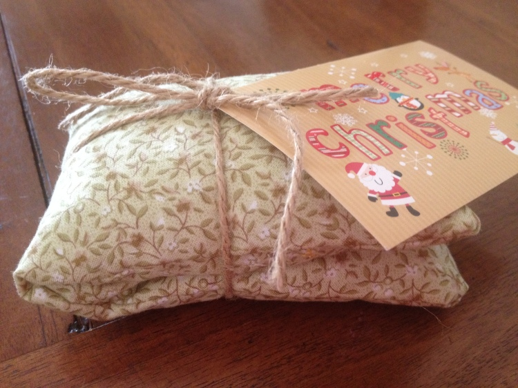 Teacher gift: homemade eye pillow/heat pack