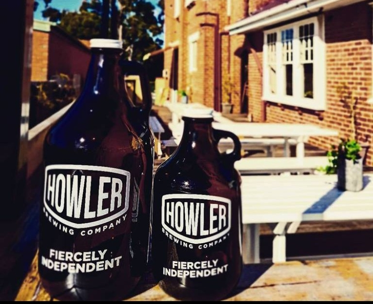 Howler Brewing Company growler and squealer.